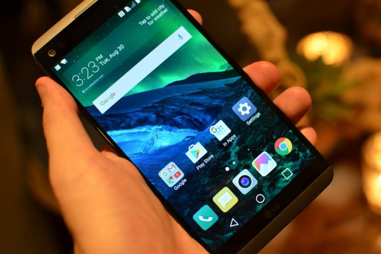 Experience the All New LG V20 with Smart Features in it